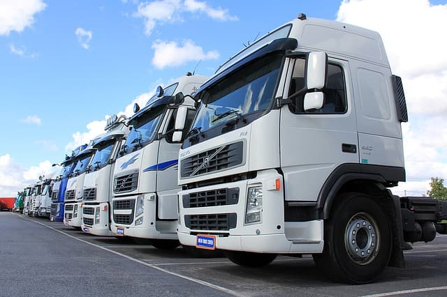 Pros and Cons for Auto Transport Carriers